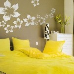 Tips for decorating the walls of the bedroom